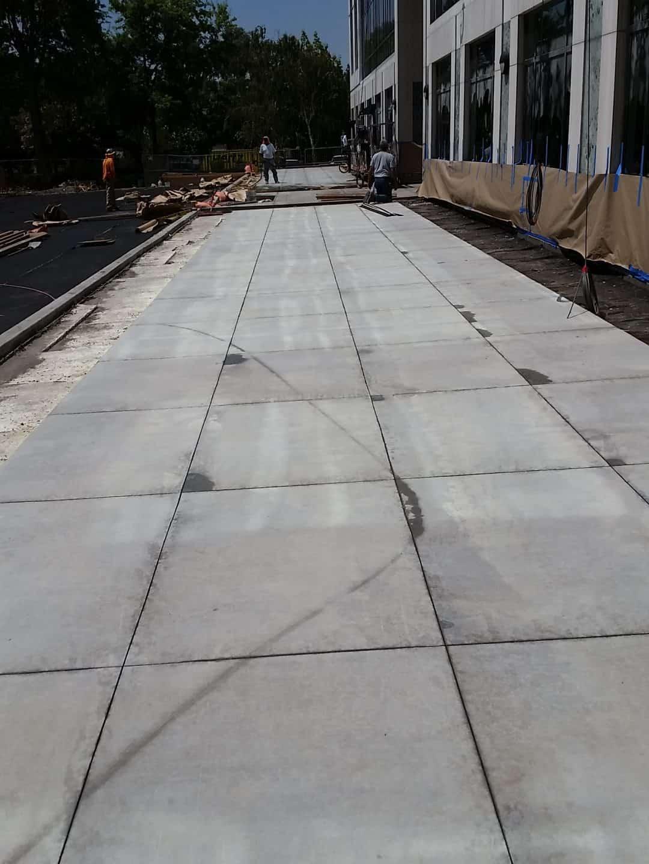 Decretive Concrete cutting control joints
